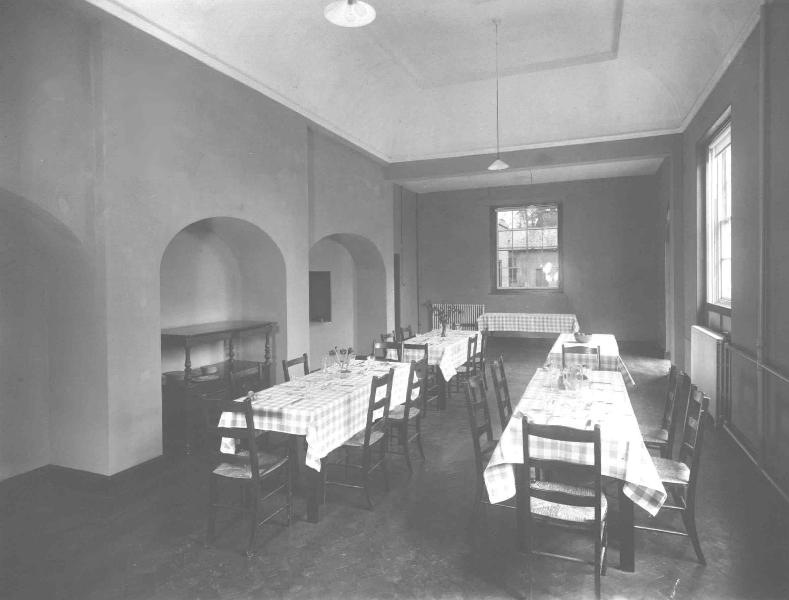 54-dining-room